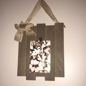 Other - Hanging Wall decor with clip for pictures